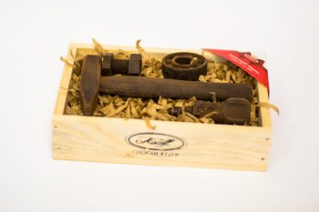 Комплект Шоколадови Изделия Инструменти на Механика